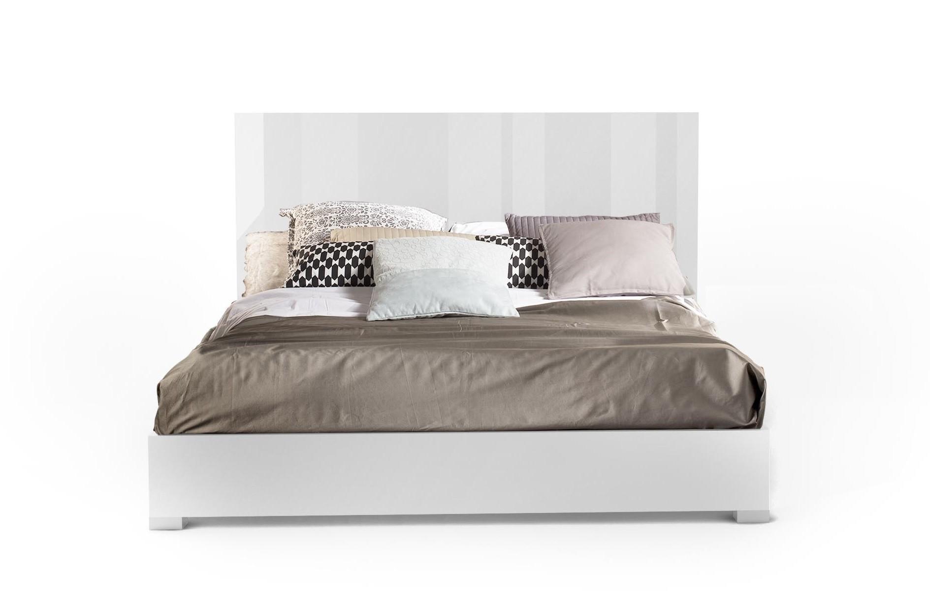 J Amp M Furniture Modern Furniture Wholesale Gt Bedroom Gt Mika